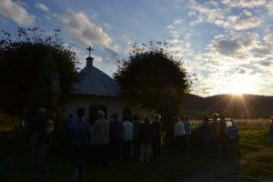 Msza Święta w kapliczce na Łamańcach